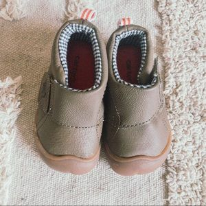 Carter's first walking shoes brown size 3
